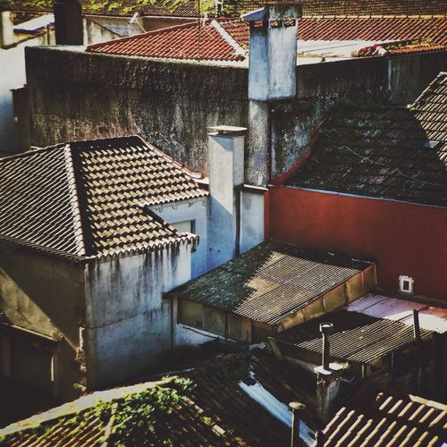 Roofs of Pontevedra Shootermag AMPt_community NEM Submissions Youmobile