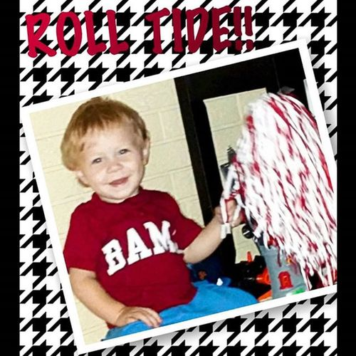 Somebody's ready for FOOTBALL!! Alabamafootball Rolltide 🐘🏈 Fallismyfavorite Bamababy
