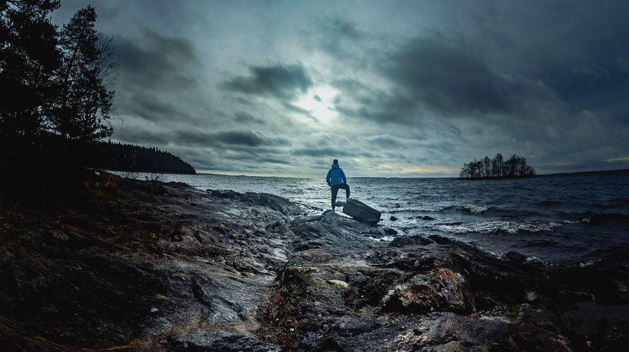 The north king. Island View  Cloud - Sky Sea Sky Land Water Beach Real People Beauty In Nature Leisure Activity Lifestyles One Person Horizon Over Water Nature Scenics - Nature Tranquility Full Length Horizon Outdoors Men