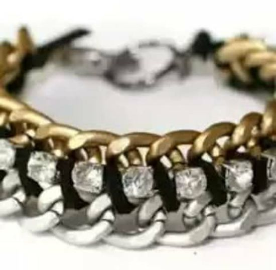 Bagustu White Background Luxury Gold Colored Jewelry Wealth Close-up