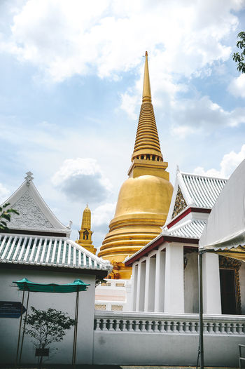 Paint The Town Yellow Architecture Building Exterior Built Structure Day Gold Colored Low Angle View No People Outdoors Place Of Worship Religion Sky Spirituality