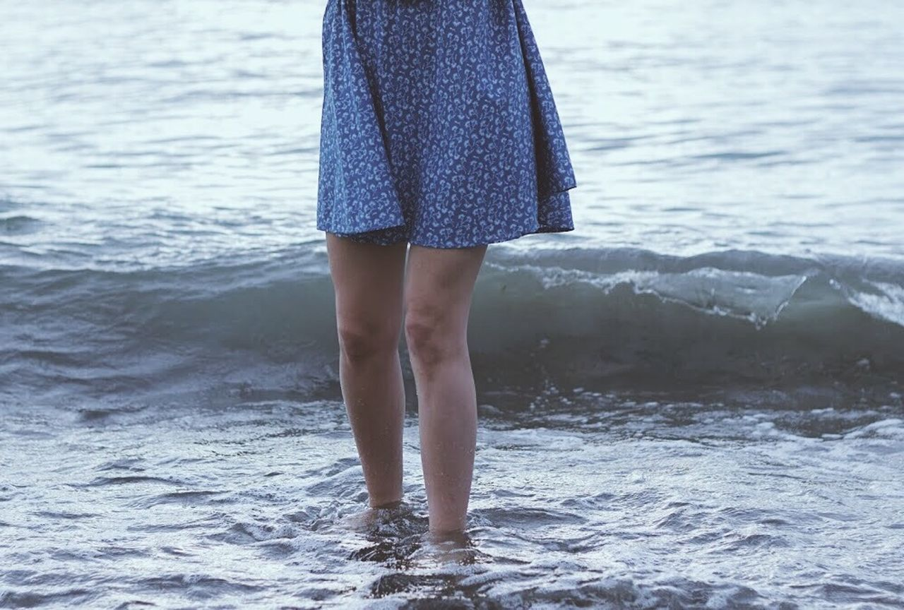 water, sea, low section, standing, nature, one person, real people, human leg, day, barefoot, outdoors, leisure activity, lifestyles, beach, ankle deep in water, women, beauty in nature, wave, young women, horizon over water, young adult, close-up, people