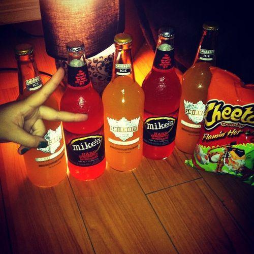 Peda segura Tu Conmigorda Mikey 's Smirnoff dranks