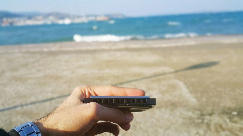 Nowplaying Neil Young - My my,hey hey. Taking Photos Relaxing Sea Chilling Urla Relaxing Atmospheric Mood Harmonica Mızıka Feeling Blue Check This Out