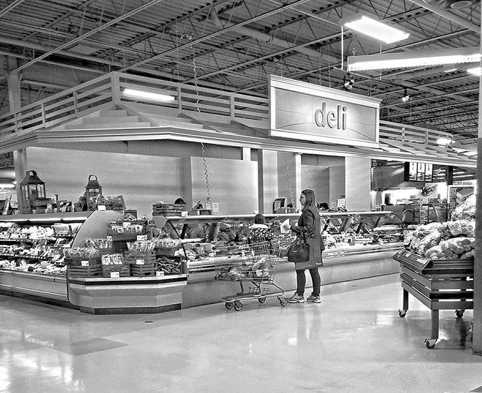 Deli Grocery Grocerystore Grocery Shopping Saturdaymorning Blackandwhitephotography Black And White The Places I've Been Today Foodphotography Taking Photos