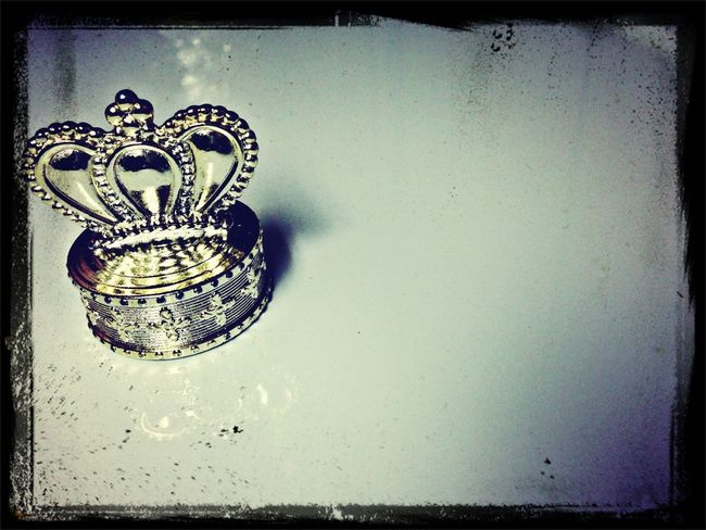 Shiny Crown Simplicity Crown Royal
