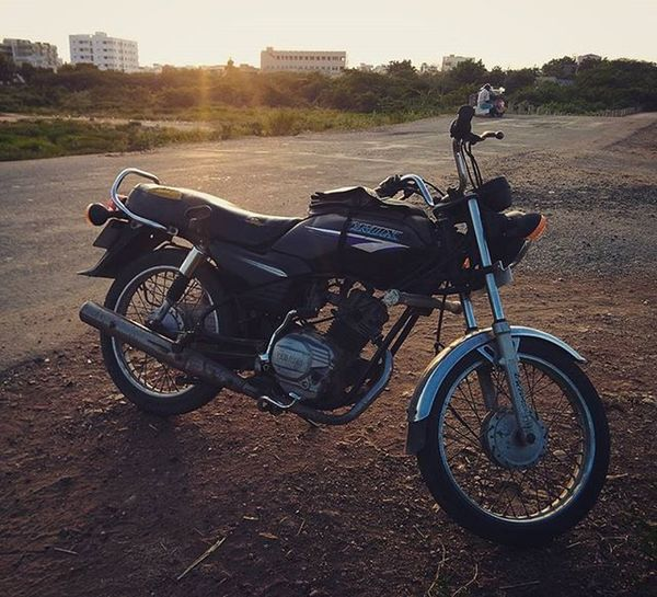 Blessed be the one with a good old ride! Lifeinshots Oldride Yamaha Vintage GreatStuff Keepsgoing Follow Followback Followme Likeforlike Like4like