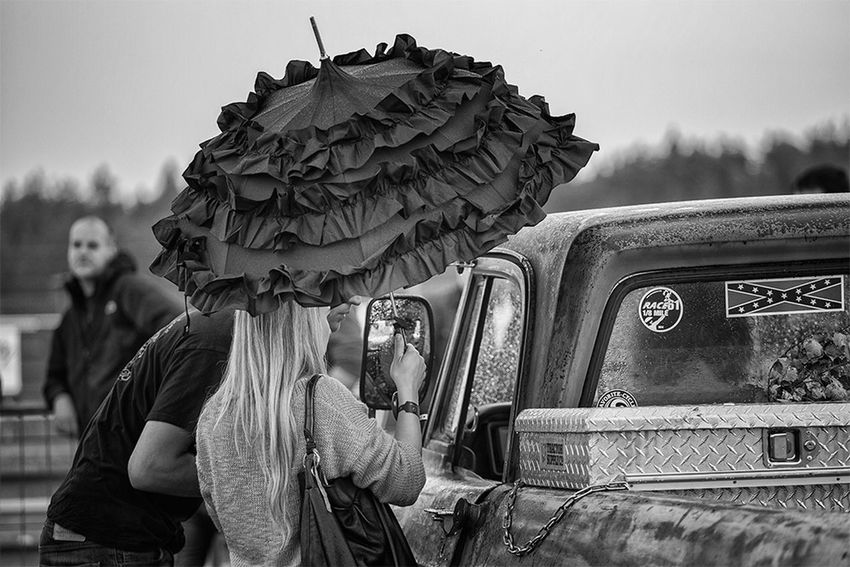 Pin Up Girl Black & White Blackandwhite Streetphotography Oldtimer Vintage Cars Cars Race61 Check This Out Hello World
