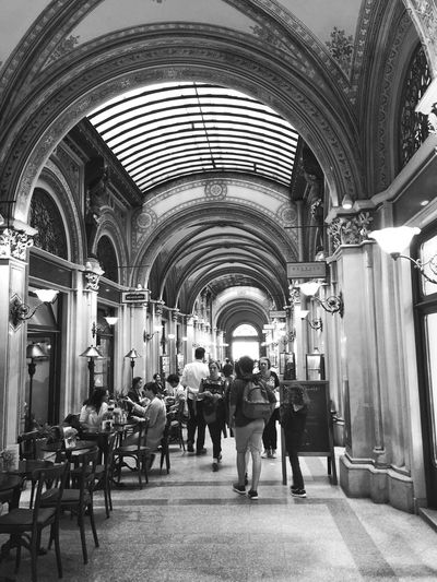 Vienna Life Bnw_collection Bnw_captures Bnw_life Bnw_corridor Bnw_friday_eyeemchallenge Arch Real People Architecture Men Women Group Of People Lifestyles Architectural Column Leisure Activity