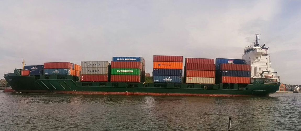 Cargo.Cargo Ship River Transport Tyne Load Boxes