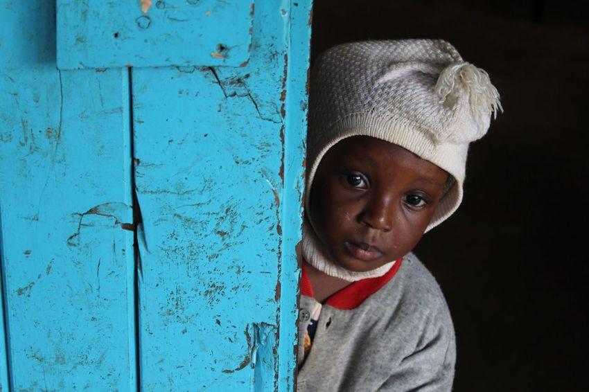 The Photojournalist - 2016 EyeEm Awards Portrait Child Kenya Nairobi Kibera the The Portraitist - 2016 EyeEm Awards Blue ColourPhotography Canonphotography EverydayEmotion Everydayafrica