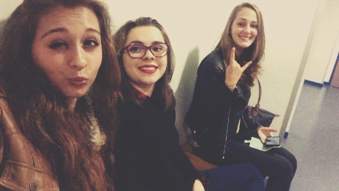 Friends Girls School Moment Friend Photography Friends ❤ Posey After Spanish España