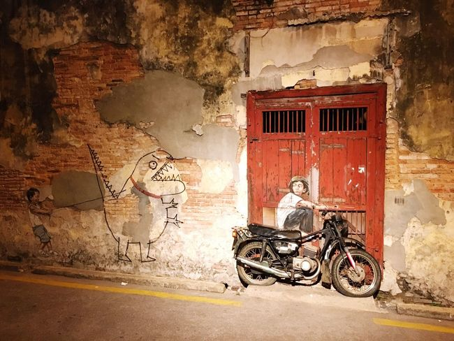 Heritage Building Heritage Site Georgetown Penang Streetart Grafitti Ernestzacharevic Motorcycle