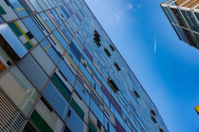 Medienhafen Düsseldorf Medienhafen Medienhafen D'dorf Düsseldorf EyeEm Selects Architecture Built Structure Building Exterior Building City Low Angle View Blue Glass - Material