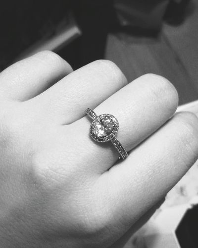 Human Hand Human Body Part Ring Diamond - Gemstone Adults Only Diamond Ring One Woman Only Engagement Ring One Person Adult People Luxury Women Only Women Close-up Archival Wedding Ring Jewelry Pandora PandoraRing Kristine19 MerryChristmas Precious Gem Millionnaire