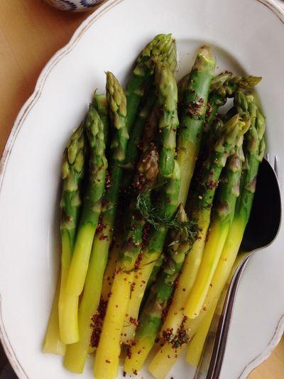 Sogrünzug Wasdas? Omasagtistgesund Green Healthy Food Spring