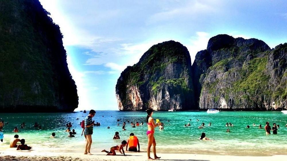 Phi Phi Island @phuket Hanging Out Relaxing Enjoying Life I Love Travel Where I'd Rather Be... Travel Photography For My Own Photo Journal Hanging Out Thailand