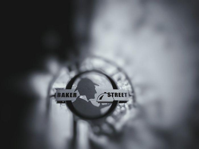 Baker Street, rings a bell? Bakerstreet Pondicherry Puducherry Sherlockholmes Filter Mobilephotography