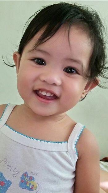 Smileeveryday Eyes Wide Open Face Babyphotography Baby Face Babygirl Daughters Photos MomentsToRemember WokeUpLikeThis Morning Sun