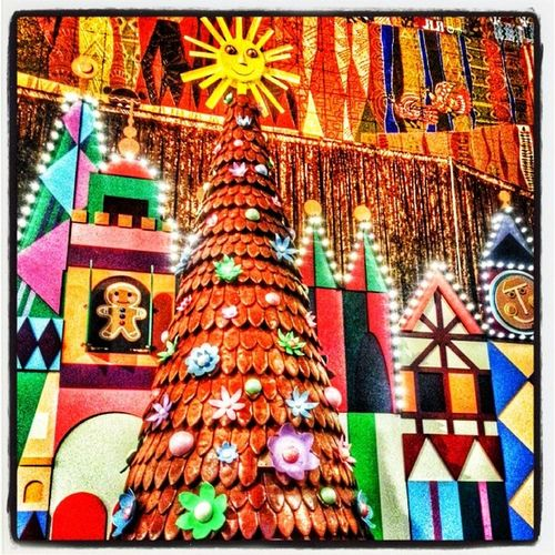 Contemporary Tree. WaltDisneyworld ChristmasAtWDW