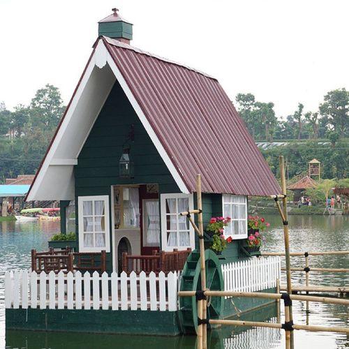 House by the Lake Beautiful Val  Nexus7 NexF3 2013