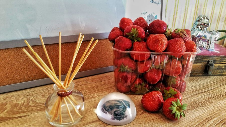 Strawberry day Shelf Dog Strawberries PhonePhotography Phone Photography Fruit Red Table Close-up Food And Drink Strawberry Berry Berry Fruit EyeEmNewHere
