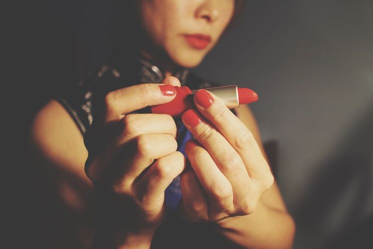 Showcase: February Red Lips Chinese New Year 2016 From My Point Of View getting in touch with my long unsought for artistic side ... Time to let it come out and play... Hahaha Silly Just For Fun Narcissistic Tendencies That's Me! Having Fun Canon M2 I Love My Canon M2 💙 Hands