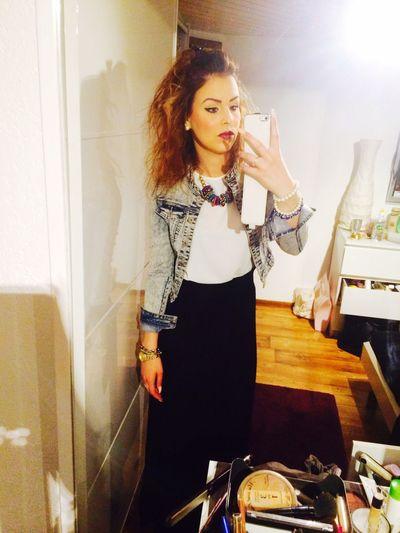 New Haircut That's Me Selfie Curly Hair Relaxing Long Dress 😚