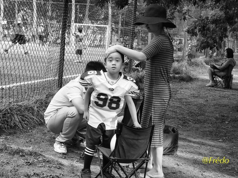 On the field Childhood Boys Togetherness Leisure Activity American Football American Football Field Capture The Moment Eyeemoftheweek Game Child Eyemphotography BEIJING北京CHINA中国BEAUTY Photooftheday BEIJING 北京 Eyem Best Shots Beijing, China Summertime The Street Photographer - 2017 EyeEm Awards Eyem In Beijing Street Photos😄📷🏫⛪🚒🚐🚲⚠ China Photos Eyeemphotography Streetphotography Portraitist- 2017 Awards Beijing Scenes