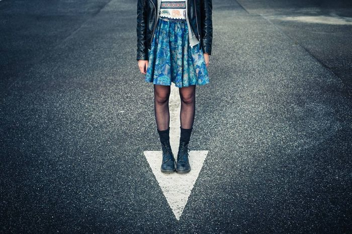 Legs Docmartens Style Photography Street Fashion Arrow Learn & Shoot: Simplicity People Photography Rooftop Parking Lot Peoplephotography
