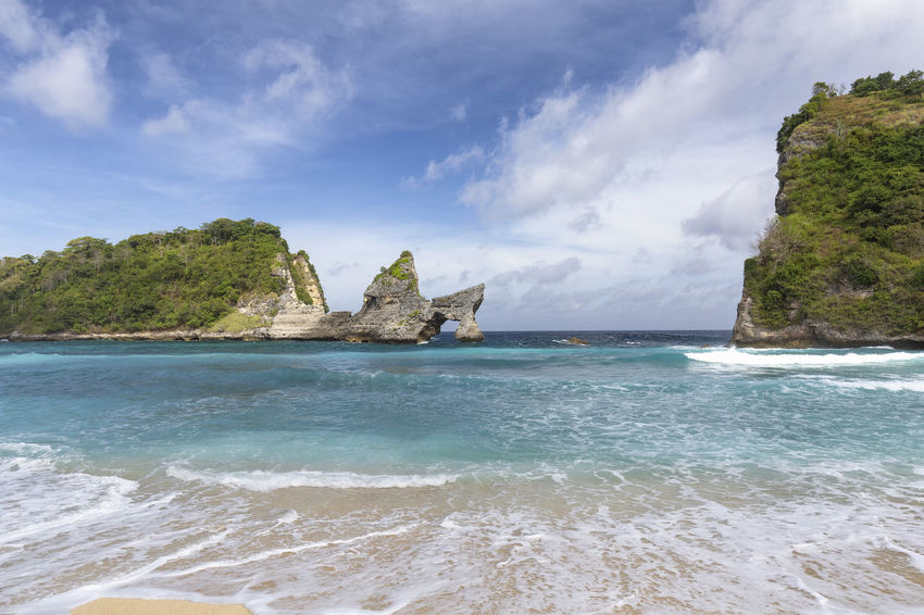 Small waves crashing on Atuh Beach in Nusa Penida near Bali. ASIA Atuh Beach Bali Diving INDONESIA Snorkeling Sunny Travel Aquamarine Atuh Balinese Beach Blue Destination Diamond Klungkung Nusa Penida Paradise Pejukutan Relax Summer Swim Tourism Tropical White Sand