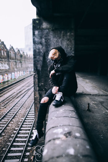 @BXNMXCLEAN City Exploring EyeEm EyeEm Best Shots London Adventure Architecture Built Structure Clothing Day Explore Full Length Lifestyles Light And Shadow One Person Portrait Railroad Track Real People Selective Focus Street Streetphotography Track Travel Urban Urban Skyline