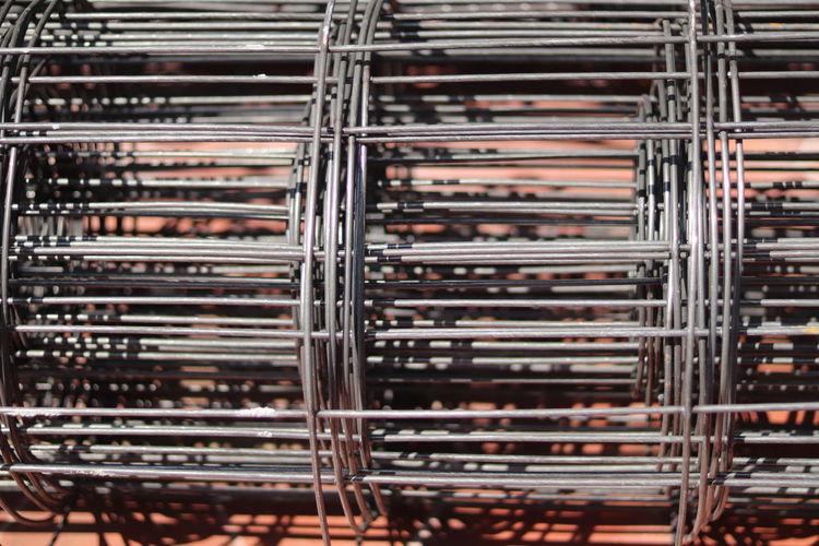 Metal mesh for floor screed reinforcement