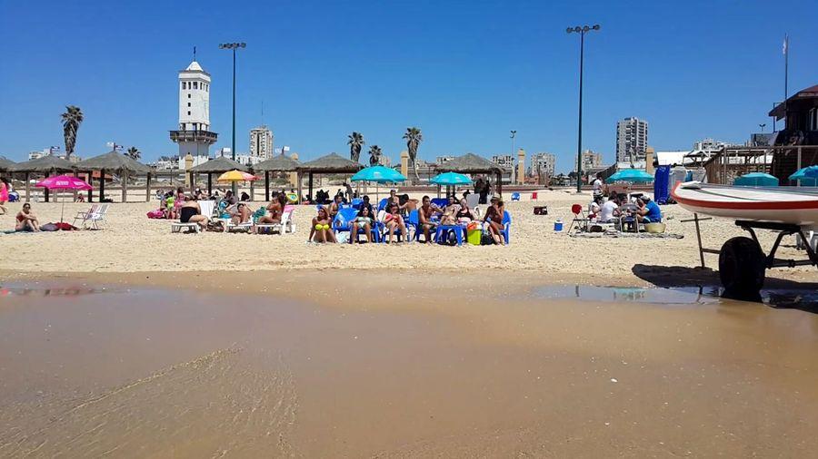 Nice Sea Enjoying Life EyeEm Sunday Sand Pleasure Beach Peoples Yellow