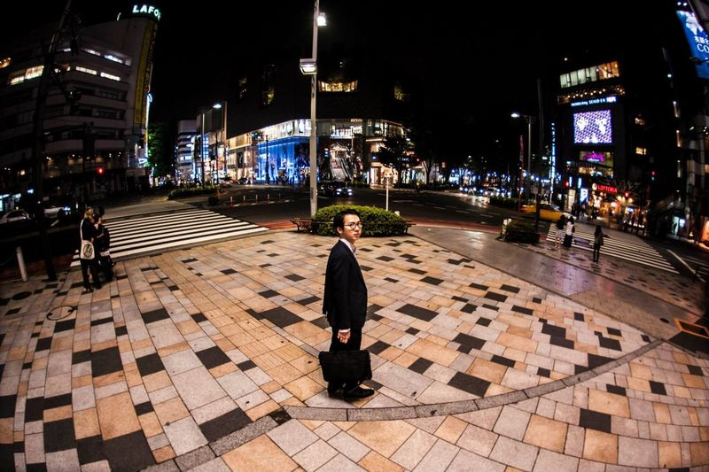 working hard is the most common thing that people always said to each other, ganbatte sometimes bring joy and sometimes bring sadness. Nikon Nikond700 Nikonphotography Photography Pose Harajuku Tokyo Japan 原宿 東京 がんばって サラリーマン ニコン 写真