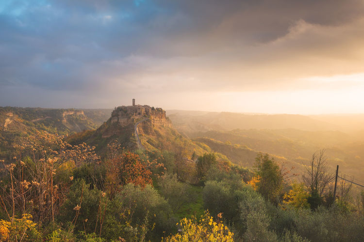 Unexpected sunrise at Civita di Bagnoregio Architecture EyeEm EyeEm Best Edits EyeEm Best Shots EyeEm Nature Lover EyeEm Selects EyeEm Gallery EyeEmBestPics EyeEmNewHere Landscape_Collection Travel Travel Photography Traveling Eye4photography  Italy Landscape Landscape_photography Medieval Nature No People Outdoors Scenics Sunrise Travel Destinations Village The Great Outdoors - 2018 EyeEm Awards