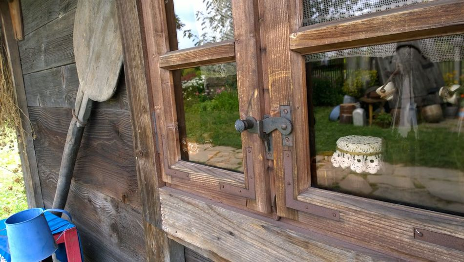 Behind The Glass Close-up Cottage Curiosity From My Point Of View Getting Inspired Homely Old Garden Old Hause Reflection Rural Garden Simplicity Village Window Window Reflections Wood - Material