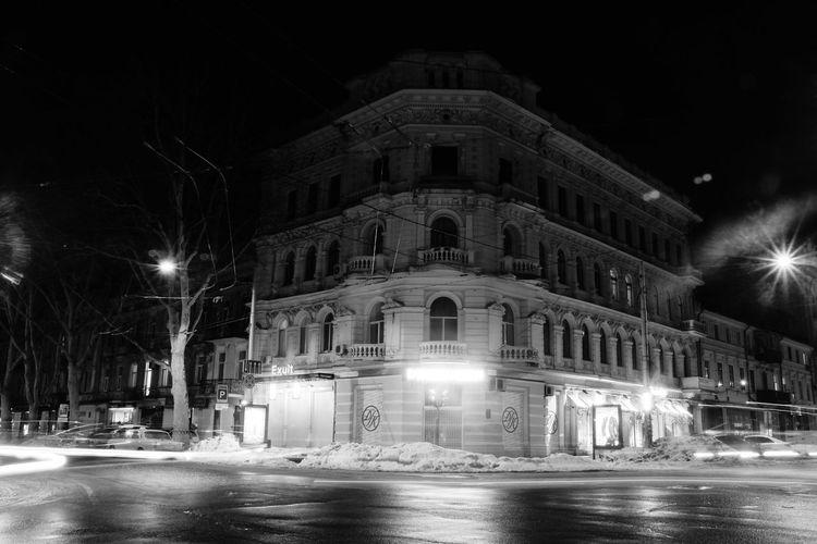 Streetphotography Architecture Urban Geometry Citylights Whiteandblack