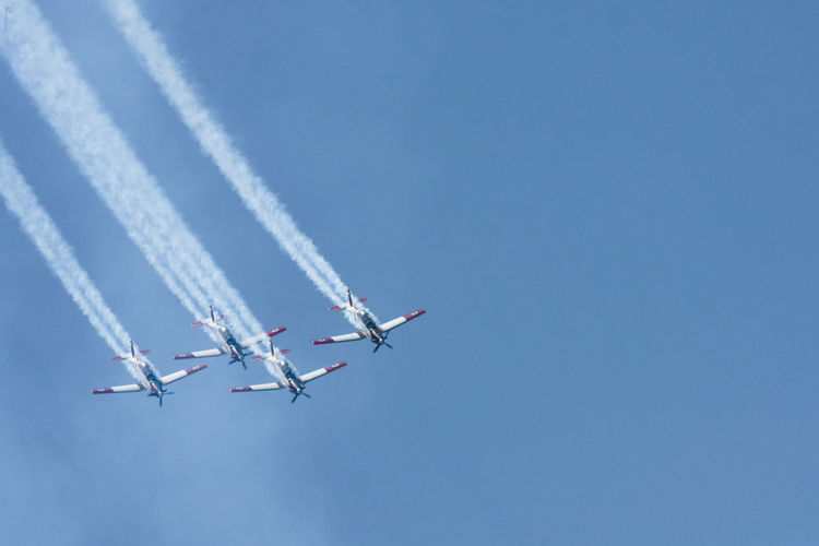Aerobatics Air Force Airplane Airshow Clear Sky Flying Formation Flying Independence Independence Day Independenceday Smoketrails Speed Stunt Teamwork Telaviv Telavivcity Telavivoftheday Vapor Trail