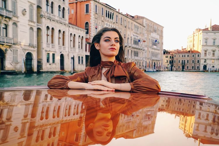 Fashion&love&beauty Portrait Of A Woman Portraitmood Portraits Of EyeEm Fashionphotography Portrait Taxi Fashionable Venice, Italy Venice Boat Water Architecture Portrait Adult Women One Person Building Exterior Travel Destinations Beauty Canal The Fashion Photographer - 2018 EyeEm Awards