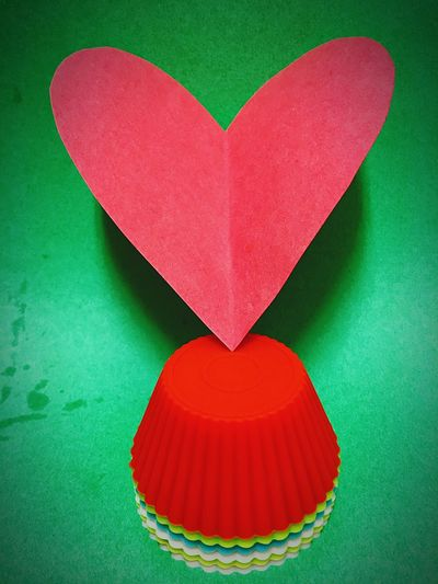 Paper View Paper Heart Check This Out That's Me Hanging Out Hello World Hi! Taking Photos Enjoying Life EyeEm Paper Heart Cool Vibrant Colors Gettyimages EyeEm Best Shots Popular Photos Heartbeat Moments EyeEmHeart Love