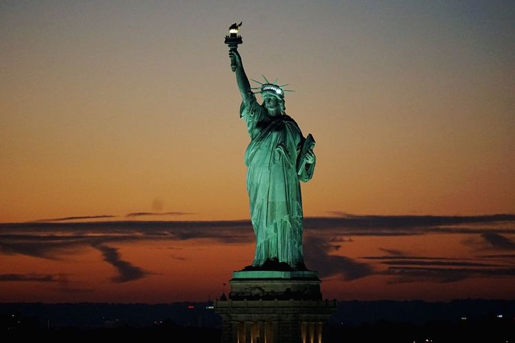 Statue Of Liberty Lady Liberty New York Harbor Sunset NYC Pastel Power Hello World Battle Of The Cities New York City New York New York ❤ NYC Photography Nycphotography