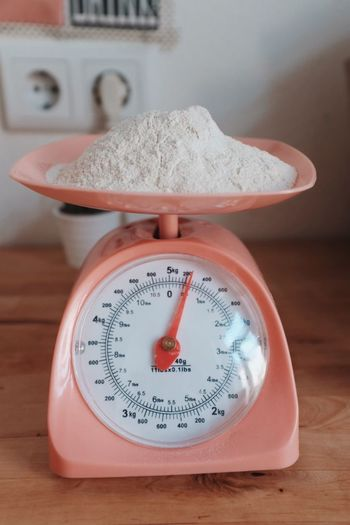 Instrument Of Measurement Weight Scale Table Indoors  No People Mass - Unit Of Measurement Close-up Food Day Gauge Baking