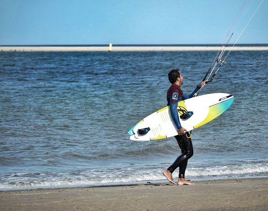 Kitesurfing Sea Sport Surfing Surfboard Aquatic Sport One Person Adventure Water Beach Outdoors Extreme Sports