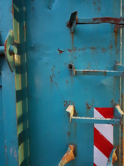 Rusty Day Metal Old Blue No People Weathered Stages Ladder Container