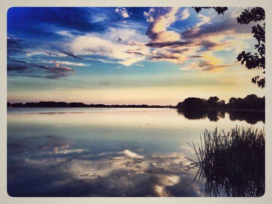 Water Sky Cloud - Sky Reflection Scenics - Nature Tranquility Transfer Print Beauty In Nature Sunset Tranquil Scene No People Idyllic Lake