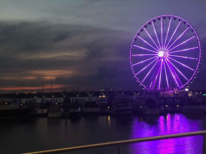 No Filter No Edit/no Filter Ferris Wheel Amusement Park Arts Culture And Entertainment Amusement Park Ride Ferris Wheel Sky Illuminated Night Water Nature Reflection Glowing No People Outdoors