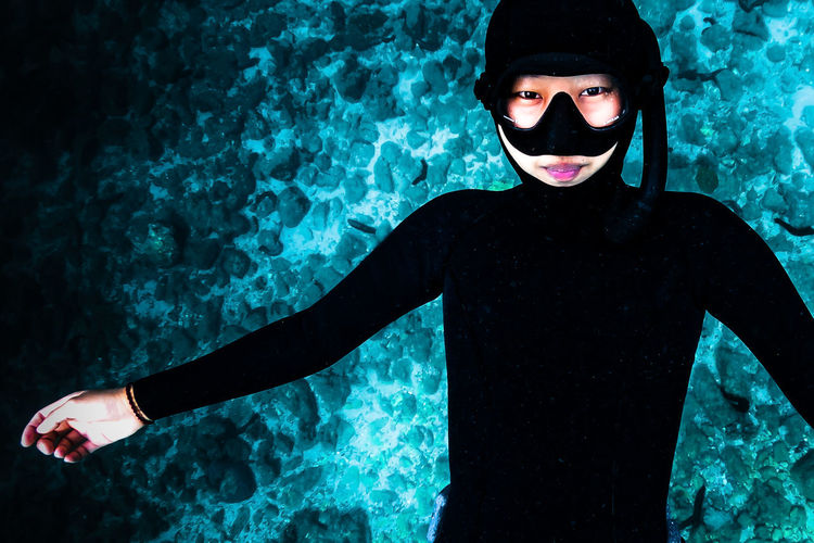 japan One Person Leisure Activity Lifestyles Front View Real People Young Adult Sea Water Black Color Looking At Camera Underwater Portrait Young Women Three Quarter Length Blue Men Waist Up UnderSea Human Arm International Women's Day 2019