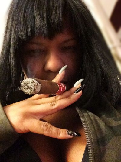 Self Potrait Cigar Smoking Havana Cigars Sefie
