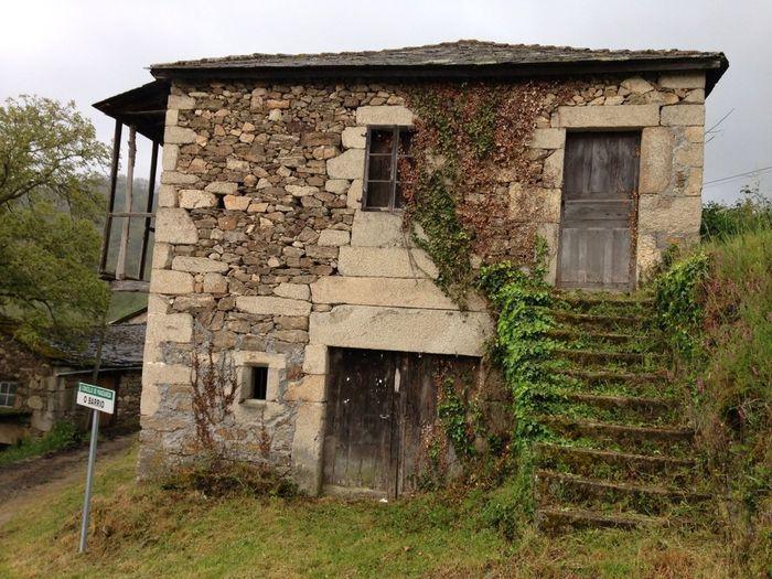Pueblos gallegos abandonados